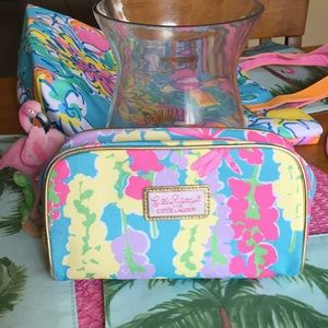 Lilly Pulitzer dragonfly print cosmetic bag